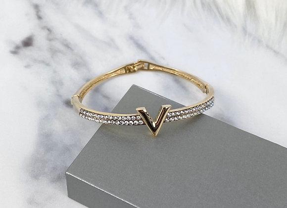 Gold V Diamante Bracelet