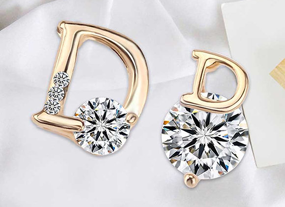 Contrast D Stud Earrings