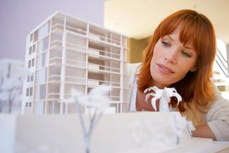 Irina J. (42), architect