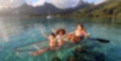 family-activities-in-moorea-lagon-clear-kayak
