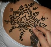 Henna at Edina art fair