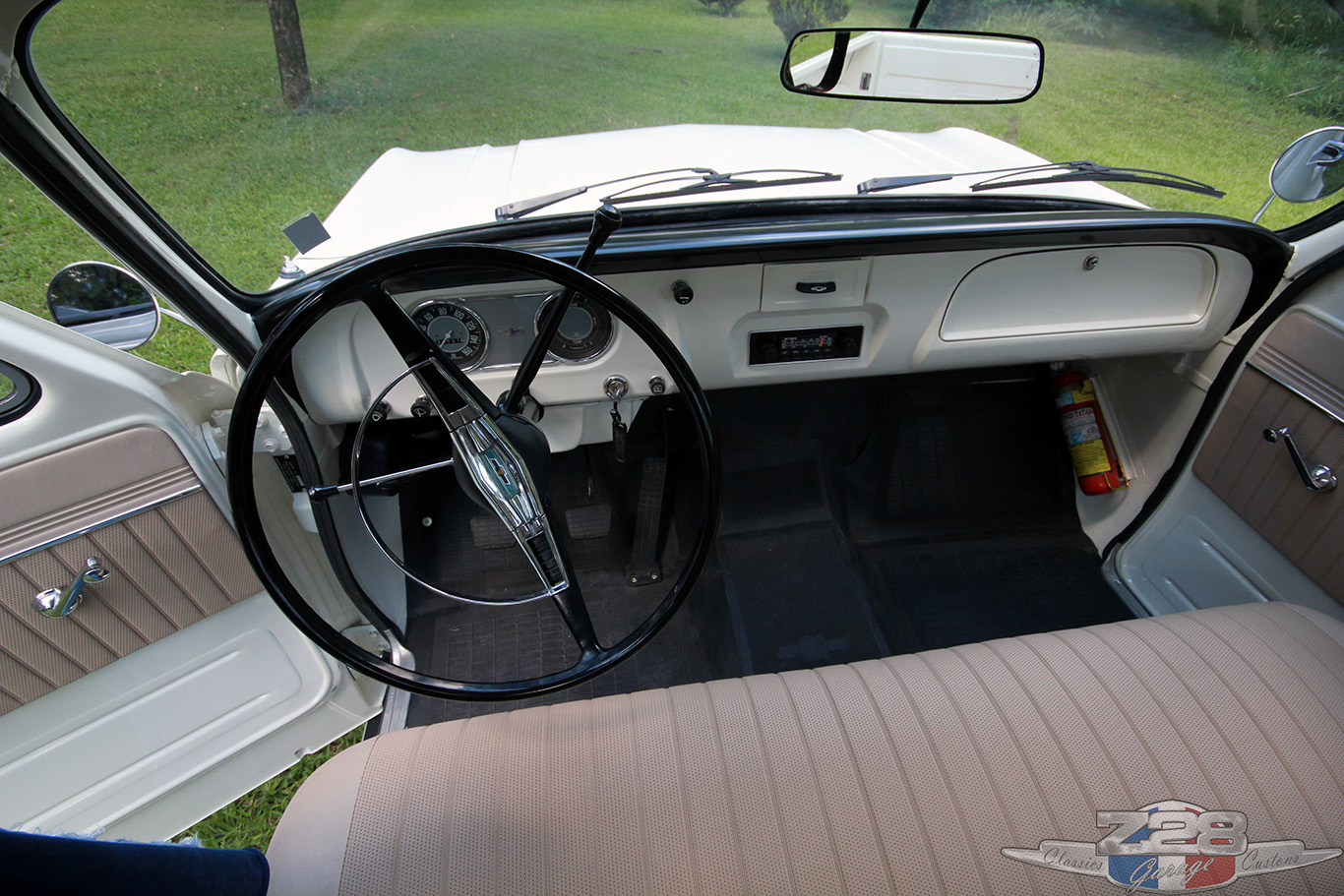 Z28 Garage Chevrolet C10 1973