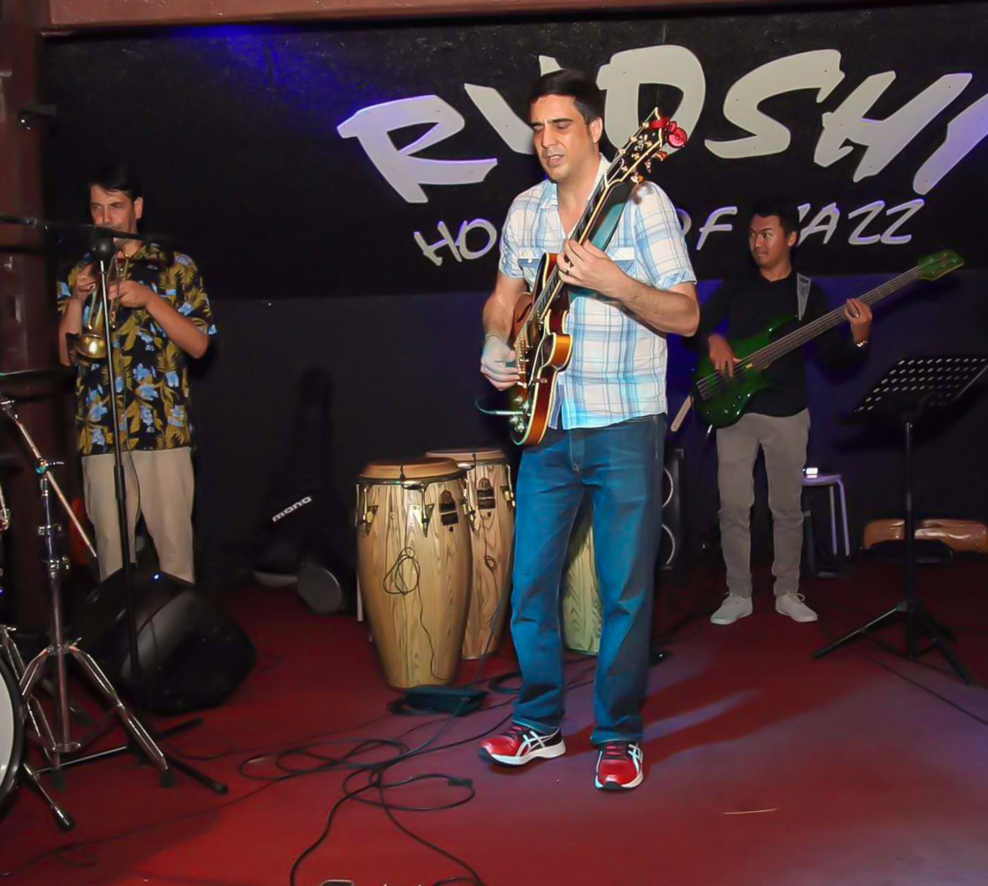 Ernesto Enriquez C @Ryoshi