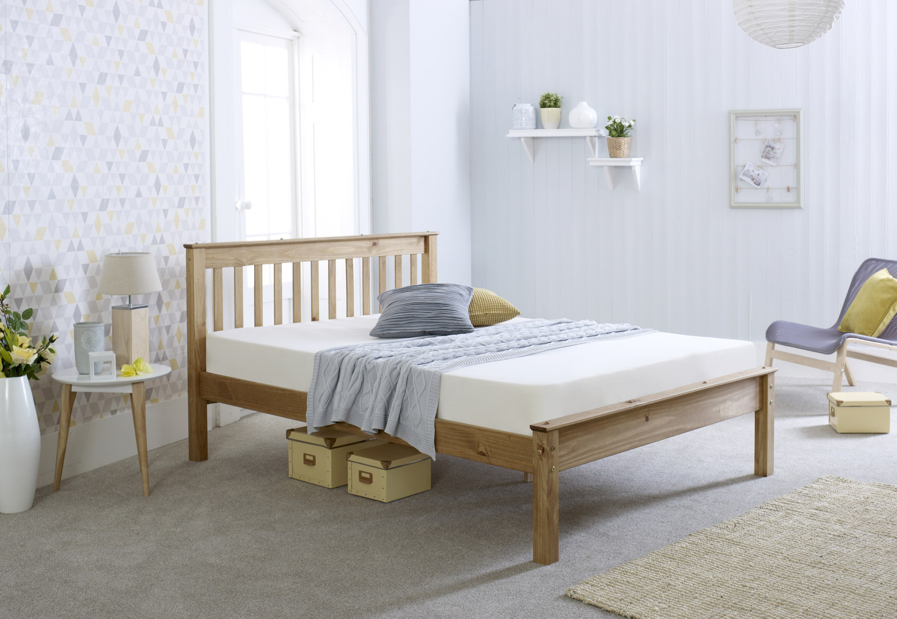 4FT, 4FT6, 5FT Chester Bed