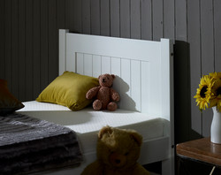 3'0 Clifton Bed Close up (2)