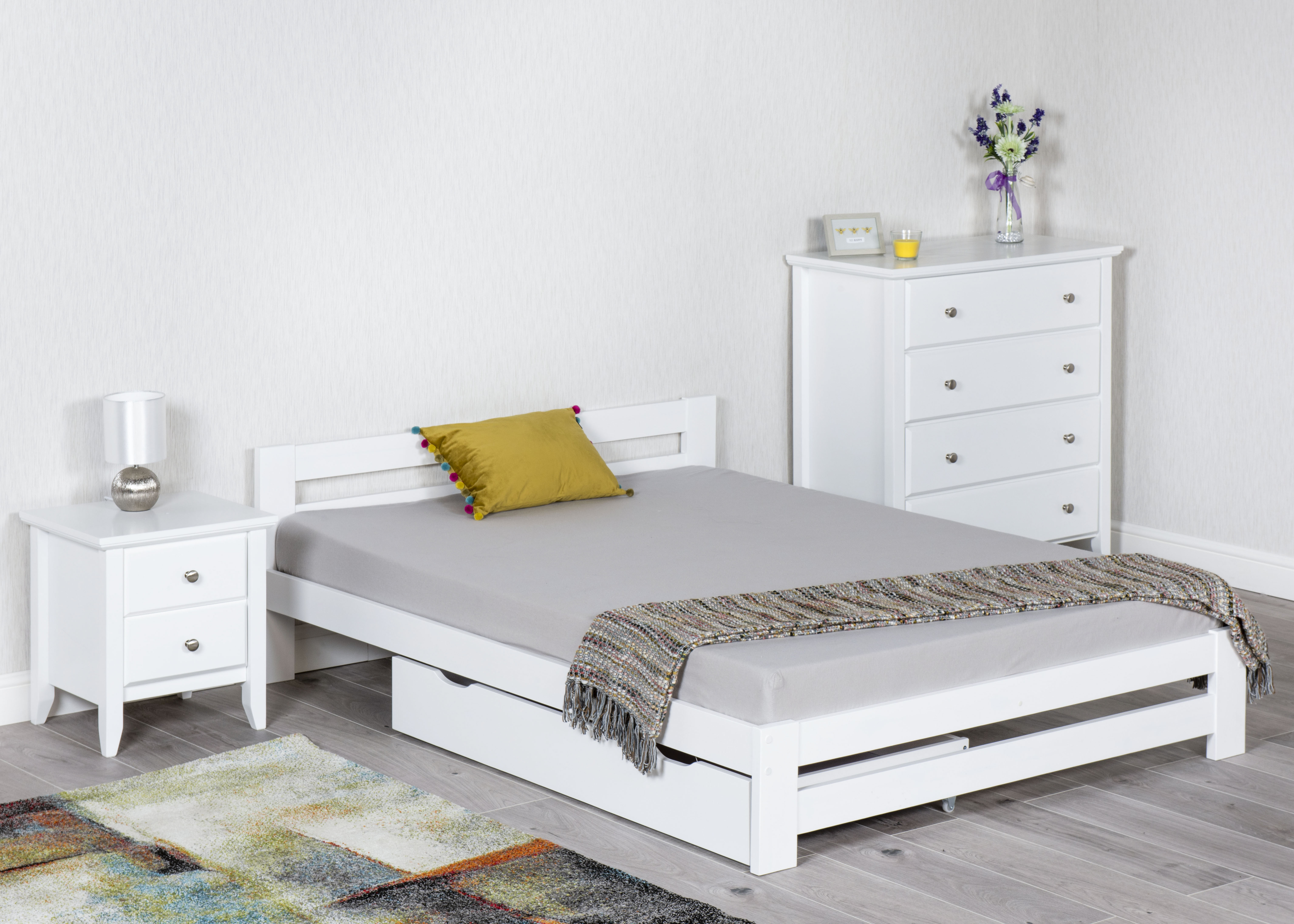 Example Xiamen White Bed With Drawer 2