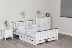 Example Shanghai Bed with Drawers 3