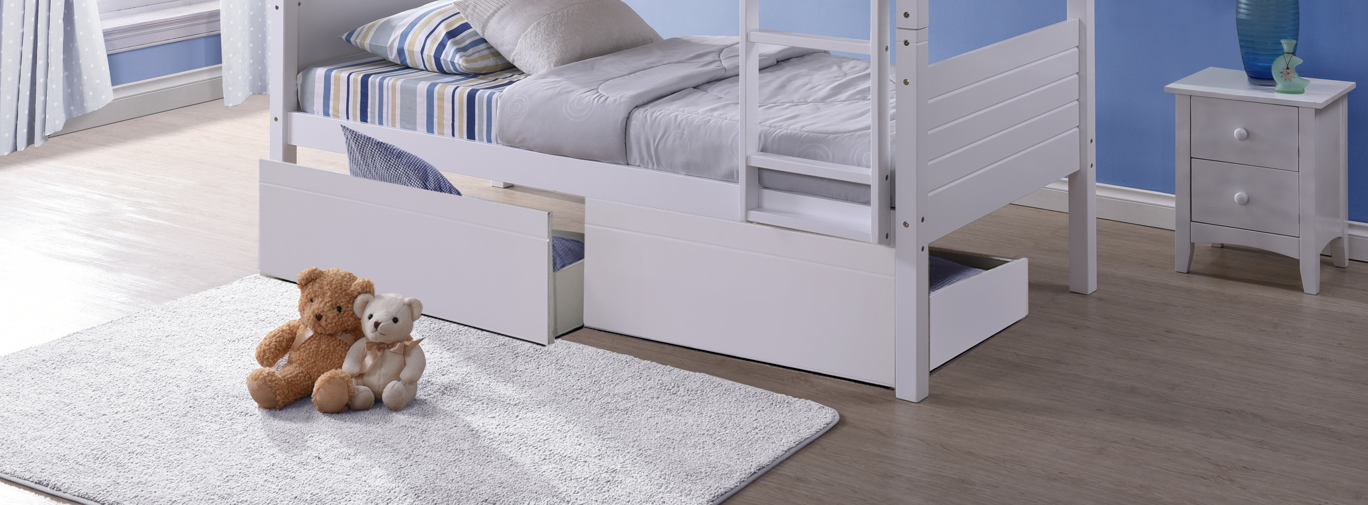 Bedford Bed With Zoomed Drawers