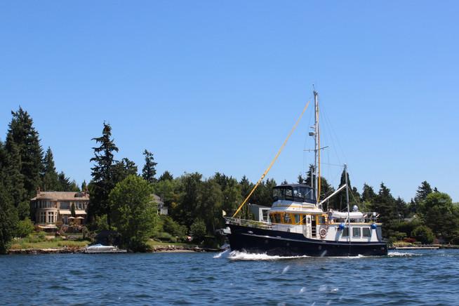 Boating Around Lake Washington