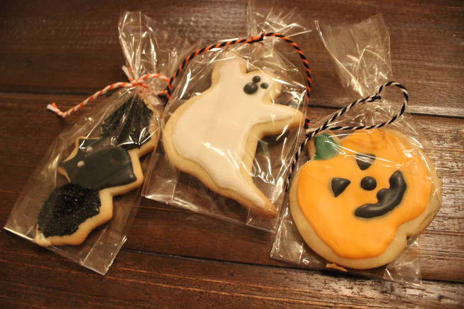 Halloween Sugar Cookies and Bake Sale