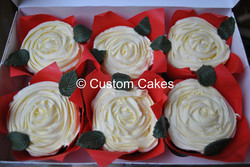 White Buttercream Rose Cupcakes