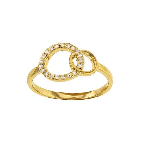 Bague avec 2 cercles entrelacés en plaqué or et oxydes