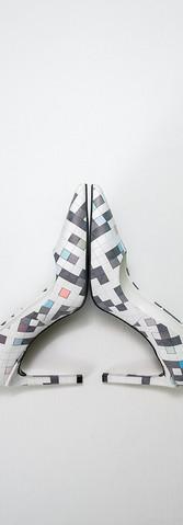 D7 high-heel