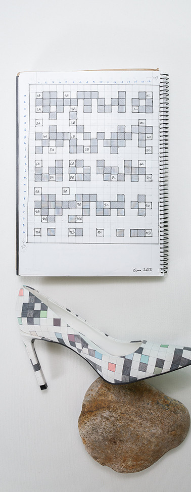 Notebook page - D7 high-heel