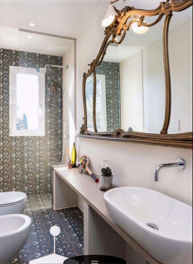 Flor_specchio bagno