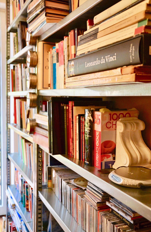 Marcegaglia_libreria sottile