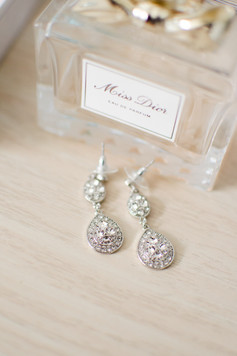 perfume detail wedding earring