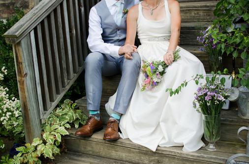 flowers bride and groom succulents wedding