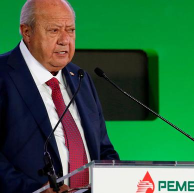 CARLOS ROMERO DESCHAMPS DEJA PEMEX: AMLO.