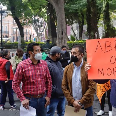 EMPRESARIOS PIDEN ABRIR COMERCIOS PESE A DECRETO, REALIZAN PROTESTA #ABRIROMORIR.
