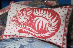 peaceable cat red numbersevendulverton