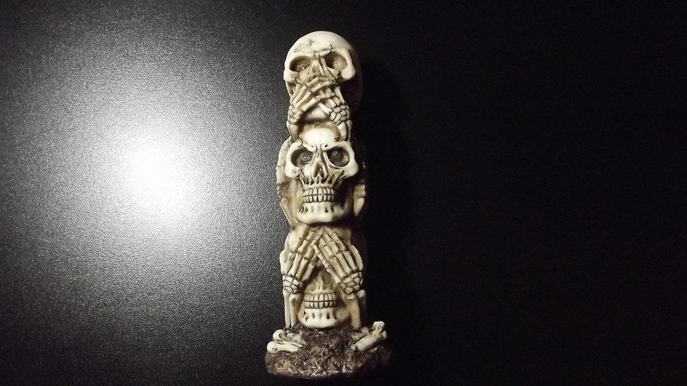 Resin Skull Head Totem LED Eyes   (a)