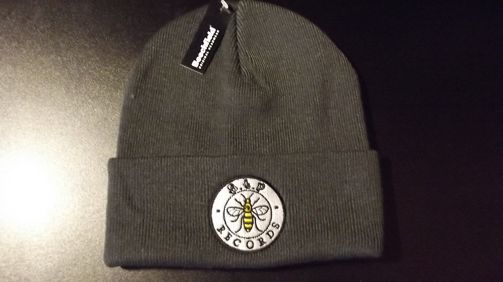 STP RECORDS EMBROIDERED CHARCOAL COLOUR BEANIE HAT.
