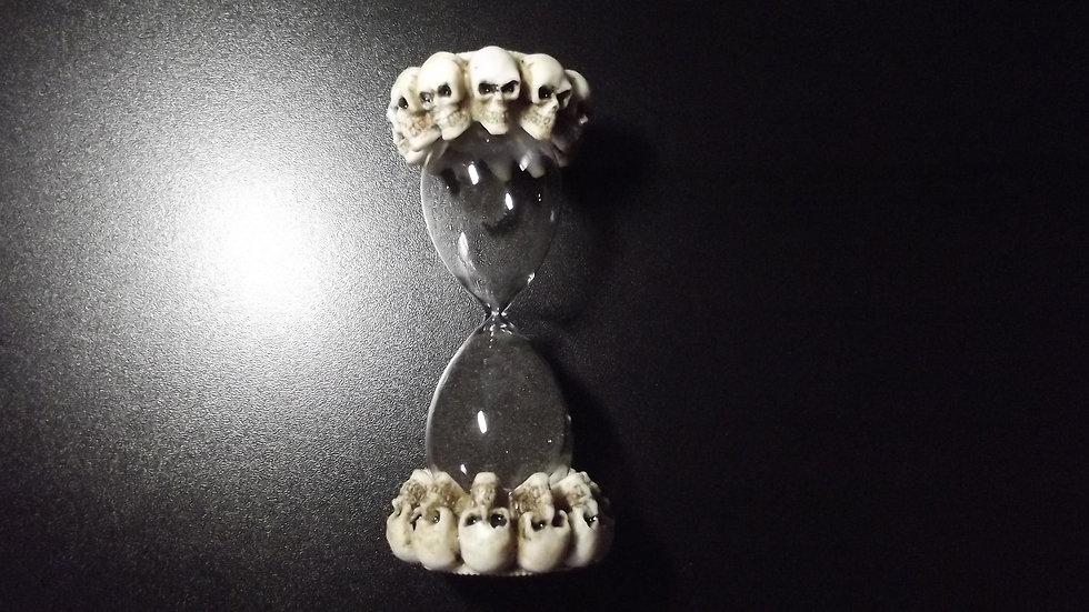 Resin Skull Egg Timer   (c)