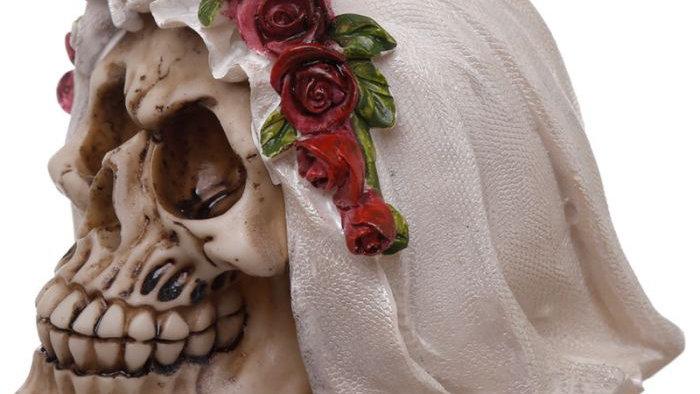 Bride Resin Skull   (c)