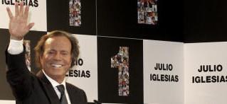 Julio Iglesias recibirá el Grammy honorífico a toda su carrera