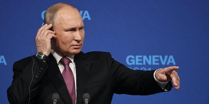 "Black lives matter - A movement exhibiting disorder, disruption and violation of law"" : Vladimir Putin"