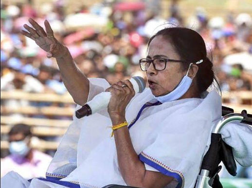If we tolerate bias of Election Commission, there won't be democracy; will move Supreme Court to lay down Lakshman Rekha for EC: Mamata Banerjee