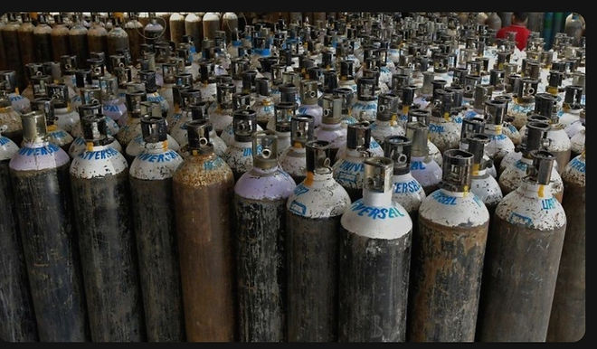 Consider Using Oxygen From Steel Plants To Meet COVID Emergency : Bombay High Court To State: