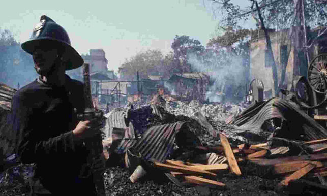 Judgment Which Attains Finality Can't Be Challenged In Article 32 Petition: Supreme Court Rejects 1993 Bombay Blasts Convict's Plea  Juvenility