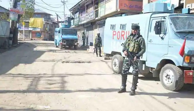 """""""Territorial Army soldier killed by unidentified terrorists in Jammu and Kashmir's Bijbehara"""""""
