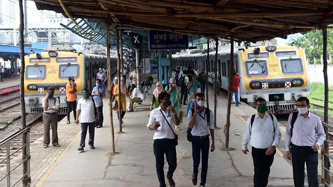 In Covid crackdown, commuters without masks in Mumbai local trains to be fined