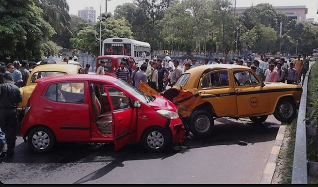 Motor Vehicles Act - Third Party Insurance Deemed To Be Transferred Along With Effective Control Over Vehicle In A Hire Agreement: Supreme Court