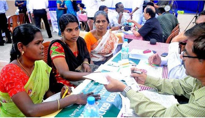 Women hold more than 50% accounts under Pradhan Mantri Jan-Dhan Yojana