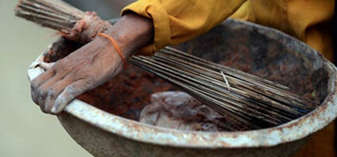 Government to introduce bill to make law banning manual scavenging more stringent