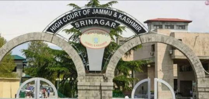 Criminal appeal must be pending for 5 years or more to seek bail on grounds of delay: Jammu & Kashmir High Court