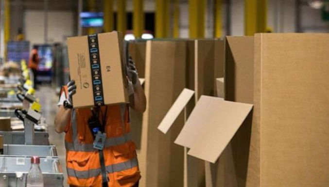 """""""Thousands of Amazon workers falsely told they tested positive for COVID"""""""
