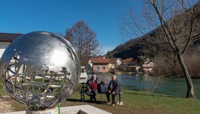"""Bosnian village with same name as Mars landing site celebrates NASA's success"""