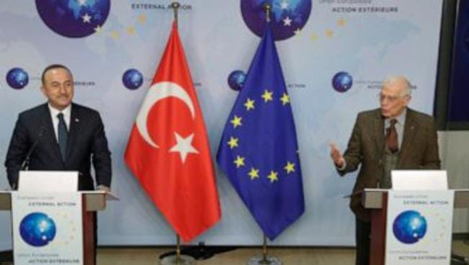 """""""Turkey launches charm offensive to ease tensions with EU"""""""