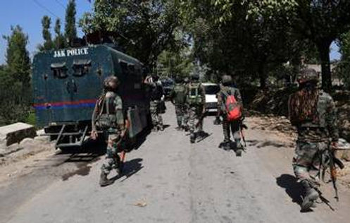 CRPF vehicle attacked in Kashmir