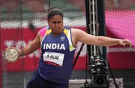 India's Kamalpreet Kaur cruises into the discus throw final