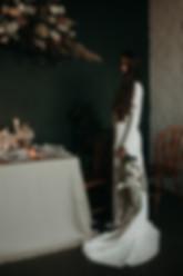 luna-wedding-dress-minimalist