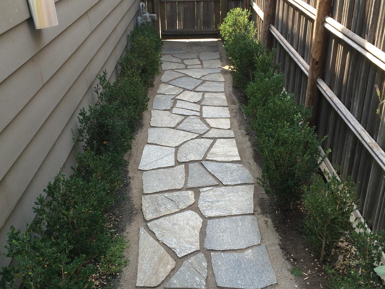 Custom Flagstone Walkway