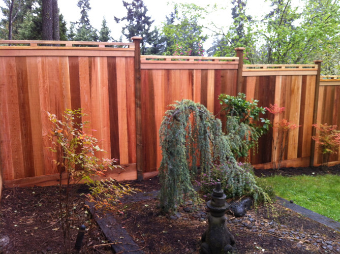 Stepped Custom Cedar Fencing