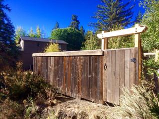 Reclaimed Cedar Fence & Gate with Header