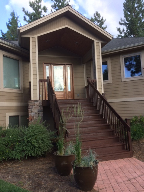 Deck & Steps With Rail - Front Entry